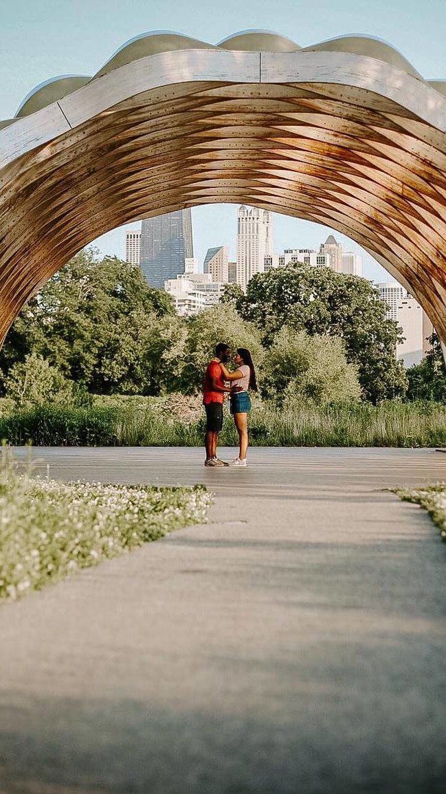 A picture of Harold and his girlfriend at the Lincoln Park Zoo! Taken by @navaphotogrophy